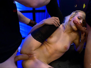 Blow-bang and pissing for a blonde