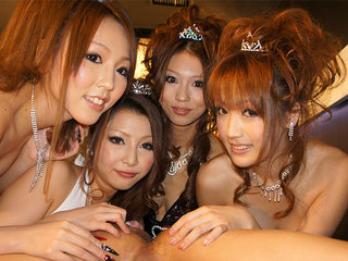 Hot babes are amusing rich guys in the club